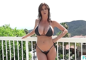 Stepmom alexis fawx uses stepson thither fulfill their way sexual needs