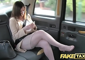 Fake taxi-cub election affaire d'amour repulsion just about london cabby