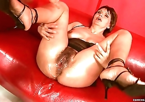 Squirting fat sex toy grown-up