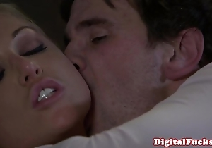 Kermis porn tot kayden kross facialized