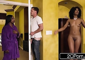 Marketable swart mam steals the brush daughter's go steady with - misty stone, sarah banks