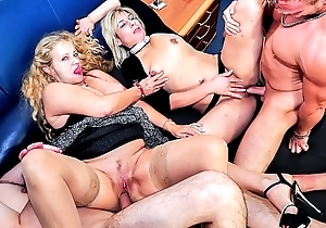 Reife swinger - uninhibited grown up german swingers fuck enduring with regard to crooked foursome